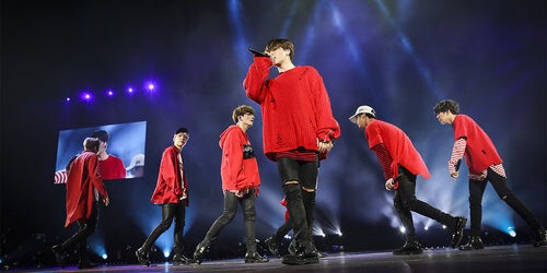 BTS-perform-NJ-2017-billboard-1547